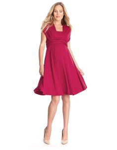This dress can be worn in multiple ways! Perfect for #pregnancy! #Preggo #Pregnant #PregnancyStyle #MaternityStyle #MaternityFashion