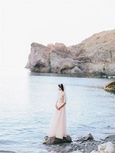 Fine Art Wedding Photographer in Crimea. Crimea Film Wedding Photographers. Свадебный Fine Art фотограф Крым Свадьба в Крыму Пленочный Фотограф Крым Photo - Alexander and Marina Santi alexandersanti.com/