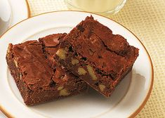 Mary Berry's best ever chocolate brownies