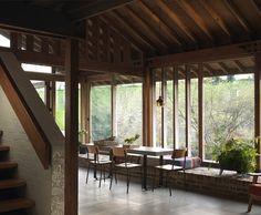 12-upgrade-2-tiered-60s-house-studio-cottage-ruin.jpg