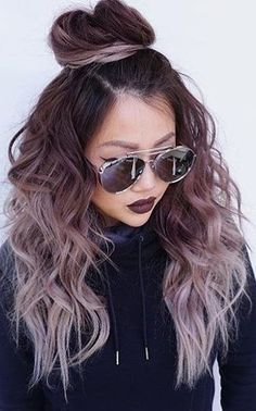 28 Top Blonde Ombre Hair Color Ideas Balayage hair makes it easy to get that trendy look! Mix ashy blonde tones with your dark brown base for a style that will surely occupy the space. Girl Hair Colors, Cute Hair Colors, Cool Hair Color, Hair Colours, Hair Color Tips, Hair Colors For Fall, Hairstyle Curly, Cute Hairstyles, Hairstyle Ideas