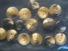 16 Stück Büffelhornknöpfe Bunt,Durchmesser ca.20 mm,Neu,Naturproduckt,Handarbeit,Lübecker Knopfmanufaktur von Knopfshop auf Etsy