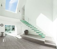 Modern-Natural Sunlight-Clear Staircase :: #realestatejules #realestate #home #architecture #architect #fitnessmodel #interior #interiordesign #interiordecor #luxury #beautiful #luxurylifestyle #luxuryhomes #modern #model #lifestyle #mensfashion #nature #travel #love #hiphop #instagood #fashionmodel #food #photooftheday #picoftheday #tbt #art  #like4like  #architecturelovers - posted by REALESTATEJULES https://www.instagram.com/realestatejules_ - See more Luxury Real Estate photos from Local…