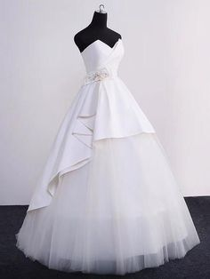 Ball Gown Wedding Dresses Sweetheart Floor-length Ivory Tulle Simple Bridal Gown JKW174 #weddingdress