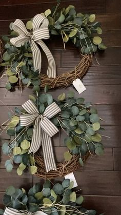 At The Whimsical Door we offer many styles of wreaths that create that gorgeous welcome for all who enter your home. Our products are artificial and guaranteed to last for years if properly taken care of. diy videos for teens Farmhouse eucalyptus wreaths Wreath Crafts, Diy Wreath, Boxwood Wreath, Willow Wreath, Succulent Wreath, Tulle Wreath, White Wreath, Monogram Wreath, Wreath Ideas