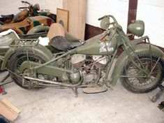 """1940-indian-chief. """"During the war years Indian motorcycle production amounted to approximately half that of its major rival, Harley Davidson, largely because the US armed forces adopted the 750cc Harley Davidson WLA model in preference to Indian's 500cc 741."""""""