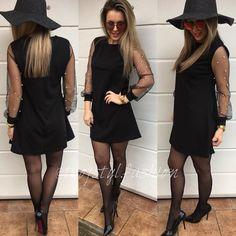 Čierna nevyjde nikdy z módy Nezabudni dnes večer sledovať NOVINKY S expresným dodaním do Vianoc @tvojstyl.fashion #newcollection#tvojstyl#tvojstylfashion