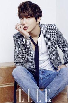 """Jung Yong Hwa es la primera celebridad masculina coreana en aparecer en la portada de """"Elle China"""" - Soompi Spanish"""