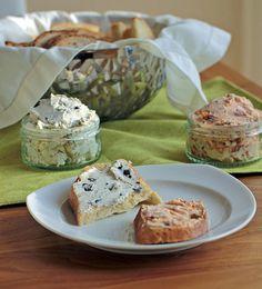 Tomaten Oliven Sardellen Aufstrich Frischkäse zum Selbermachen Chutneys, Dips, Pesto, Veggies, Food And Drink, Lunch, Snacks, Baking, Ethnic Recipes
