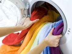 Det räcker inte alltid med att tvätta badhanddukarna. Eventuell mögel som växer och frodas går inte alltid bort. Du kan behöva förbehandla.