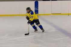 FTC - Hatvan Girls Női OBII - Hatvani Gigászok Ice Hockey Teams, Lany, Basketball Court, Girls, Sports, Hs Sports, Daughters, Excercise, Sport
