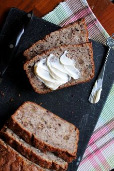 Change up your classic banana nut bread with the addition of sourdough. Add a little sprinkle of cinnamon-sugar on top and you are in for a good time. Chesse Cake Recipe, Choclate Cake Recipe, Banana Nut Bread, Banana Bread Recipes, Delicious Cake Recipes, Yummy Cakes, Nut Bread Recipe, Sourdough Recipes, Sourdough Bread
