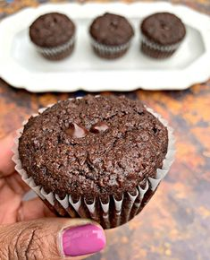 Keto Low-Carb Double Chocolate Chip Muffins (Gluten-Free) Easy and Indulging Healthy Recipes Choc Muffins, Double Chocolate Chip Muffins, Chocolate Chip Bread, Sugar Free Chocolate Chips, Low Carb Chocolate, Chocolate Desserts, Ketogenic Diet, Ketogenic Desserts, Cheesecake Brownies