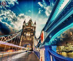 Tower Bridge in London  |    Tower Bridge is a combined bascule and suspension bridge in London built between 1886 and 1894.  |    #london #towerbridge #bridge #tourdestination #tourism #holiday #tours #tourpackages #holidaypackages #placestovisit #placestotravel #citybreaks #shortbreaks #travelstoke #airfares #travelbug #tourdeals #worldtravel #touristattractions #tourcenter #tourcenteruk #touragentsinuk  |    ☎ Contact us: 0203 515 0802  |   📱 WhatsApp: 0786 002 6636