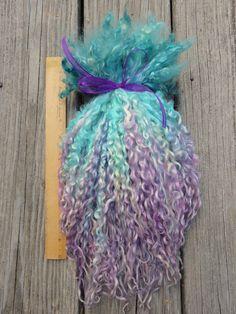Teeswater Locks Extra Long Dyed Tailspinning by RainbowTwistShop Sheep Farm, Sheep And Lamb, Spinning Yarn, Wedding Art, Doll Hair, Hand Dyed Yarn, Yarn Crafts, Needle Felting, Color Splash
