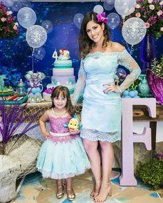 a733e11f7 17 mejores imágenes de Outfits de mamás para fiestas infantiles en ...