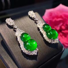@margueritecaicai. Earrings #jadeite #jade #gem #jewelry #jewellry