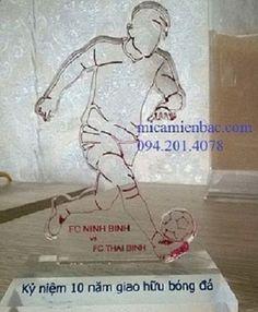 kỷ niệm chương mica: Công ty chuyên sản xuất kỷ niệm chương mica giá rẻ...