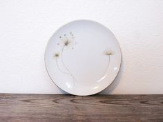 These are so cool :)  Mid Century Plates  Set of 6  Dandelion Design by ZenDenVintage, $32.00