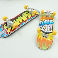 2 piece cartoon Anime Professional Finger Skateboard zinc alloy Stents Bearing Wheel Fingerboard Adult Novelty Item Children Toy