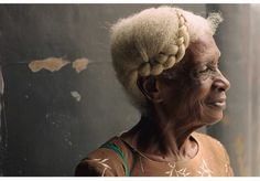 By @shalamonroque    Elderly woman with beautiful gray hair. gray and natural…