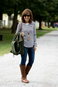FALL FASHION-MILITARY JACKET WITH STRIPE TEE