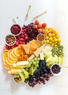 How to make a rainbow fruit and cheese board for your Wine Tastings!