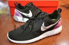 huge discount 7dd99 b992f Nike Roshe Run Black White Dahlia Floral Print V2 Edition Custom Men  Womens  Nike Roshe