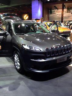 Lincoln Navigator, Paris, Jeep, Bmw, Vehicles, Automobile, Montmartre Paris, Paris France, Jeeps