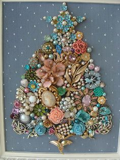 Shabby Cottage Vintage Jewelry Framed CHRISTMAS TREE ~STAR Flowers & Pearls~