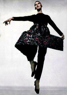 Givenchy - L'Officiel Magazine 1968
