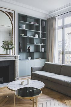 Alcove Ideas Living Room, Living Room Wall Units, Home Living Room, Living Room Designs, Living Spaces, String Regal, Casa Milano, Living Room Inspiration, Modern Interior Design