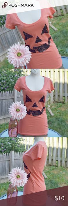 NWOT LOL Vintage jack-o-lantern tee Cute and just in time for Halloween or to show your love of all things spooky any time of the year!  This scoop neck tee is cute and very soft. Never worn. 60% cotton, 40% polyester. Size XS. Tops Tees - Short Sleeve