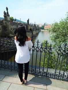 Schließen  Beschreibung bearbeiten >Praque travel guide no.1<