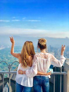 Top of the rock ✌🏻 #bestfriend #travelingtogether #newyork #centralpark