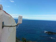 Instalación #WifiCanarias #AirInternet en el sur de Tenerife... con la Gomera al fondo ;)