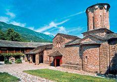 Το βυζαντινό μοναστήρι της Παναγίας της Μολυβδοσκέπαστης στα Ιωάννινα.