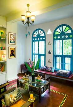 Chettinad style home design: Karthik's home in Bangalore Indian Home Interior, Indian Interiors, Ethnic Home Decor, Indian Home Decor, Indian Living Rooms, Home And Living, Chettinad House, Drawing Room Interior, Indian Homes