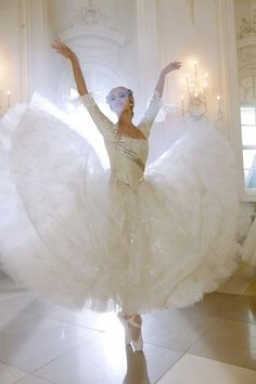 loveliness! I miss dance so much i would give up every sport i have ever played just to go back to dance!