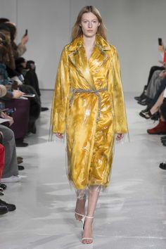 Calvin Klein Fall 2017 Ready-to-Wear, http://mmoda.net/calvin-klein-fall-2017-ready-to-wear/, #2017 #AiraFerreira #AliciaHoltz #BlesnyaMinher #CalvinKlein #CamilleHurel #CongHe #EliseCrombez #fall #FeiFeiSun #HanneGabyOdiele #HelgaHitko #JayJankowska #JessPW #JuliaNobis #KarolinWolter #KayaWilkins #KikiWillems #KingaRajzak #LeaHolzfuss #LeaIssarni #LeilaGoldkuhl #LexHerl #LexiBoling...