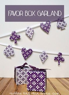 Here is a creativee favor box idea: use a premade boxes to make a favor box garland! It is quick to put together and coordinates with your theme! Diy Ideas, Craft Ideas, Party Garland, Arts And Crafts Projects, Favor Boxes, Amazing Art, Easy Crafts, Favors, Dots