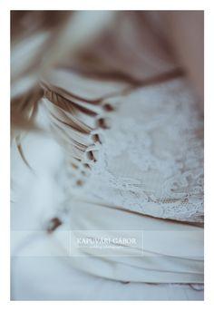 #esküvő #fotózás #wedding #photography #KapuváriGábor #kapuvarigabor #weddingphotography  #bride #groom #menyasszony #menyasszonyicsokor #bridalbouquet #engagement #trashthedress #ttd #weddingparty #wedding2019 #wedding2018 #wpja #agwpja  #eskuvo #hungarianweddingaward White Shorts, Wedding Photography, Vintage, Women, Fashion, Moda, Fashion Styles, Vintage Comics, Wedding Photos