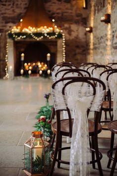Gorgeous winter wedding isle decor