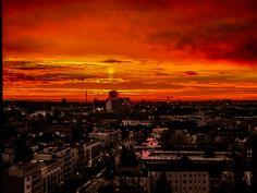 Sunset Frankfurt,Germany,der erste Sonnenstrahl morgens bevor die Sonne aufgeht.