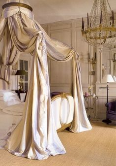 Eye For Design: A gyújtott la Polonaise ..... Kidolgozza és romantikus ágyak