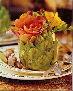 Unique rose and artichoke display Deco Floral, Arte Floral, Floral Design, Table Arrangements, Table Centerpieces, Floral Arrangements, Flower Centerpieces, Centrepieces, Centerpiece Ideas