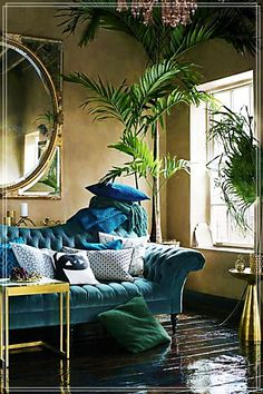 Blau Und Wald Grün Wohnzimmer Wohnzimmer Versuchen Sie, eine dunkle Wand Farbe … Blue And Forest Green Living Room Living Room Try a dark wall color for bold living room update. Dark walls create an intimate and inviting feel in a room. You are in … - Bold Living Room, Living Room Green, Green Rooms, Plants In Living Room, Jungle Living Room Decor, Bedroom Green, Beautiful Living Rooms, Clean Living, Green Walls