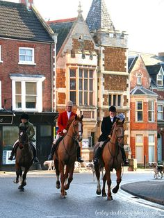 Quorn Hunt leaving the New Year's meet, Melton Mowbray, Leicestershire, England