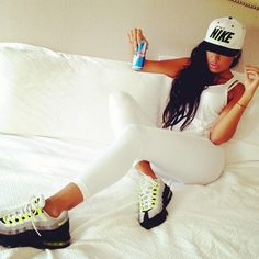 White Sporty Outfit. Nike Trainers. Sneakers. Snapback. Urban Fashion. Swag. Dope