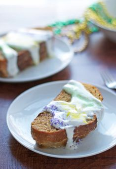 Mardi Gras King Cake French Toast Stuffed with Bourbon Pecan Cream Cheese - www.thelawstudentswife.com #mardigras #fattuesday